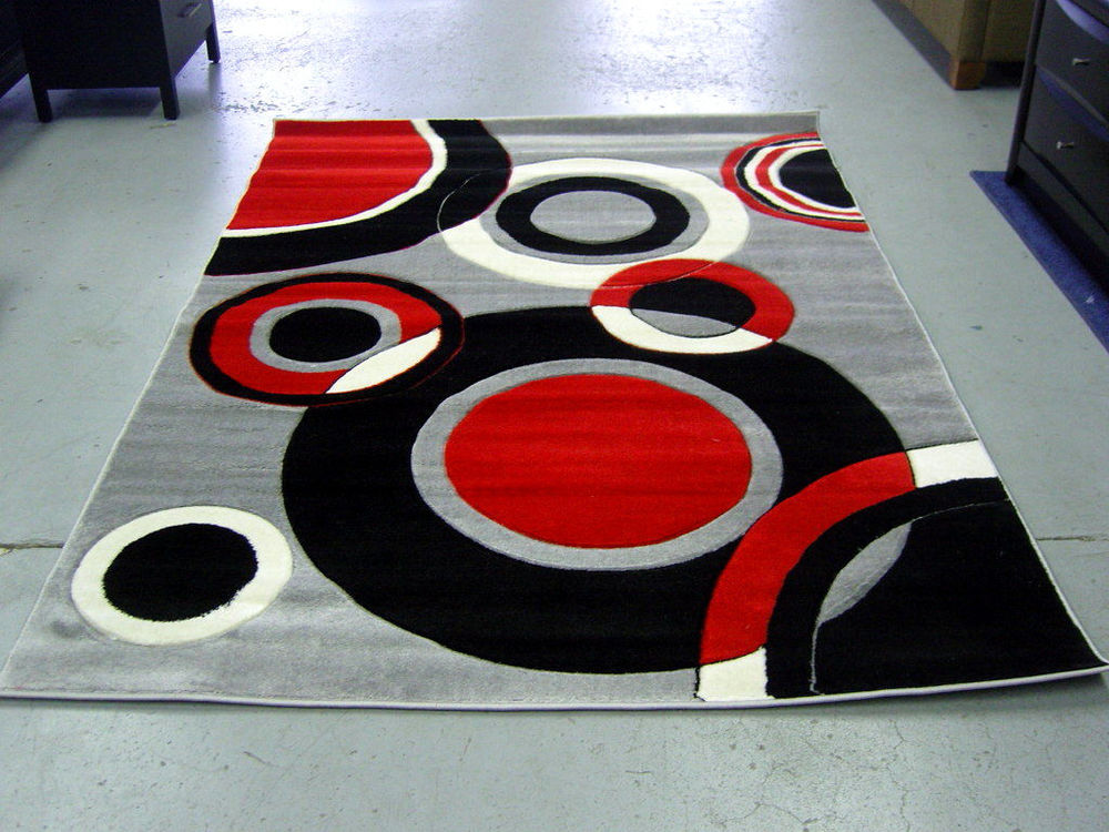 Black and White Area Rug will Look Great in Your Living