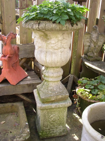Urn on Rose Plinth