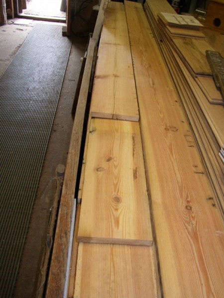 Sliced Pine Boarding