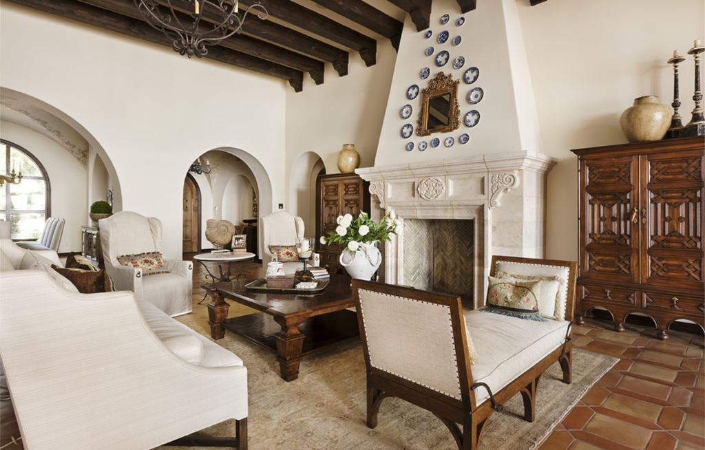 Mediterranean Style Living Room Meaning