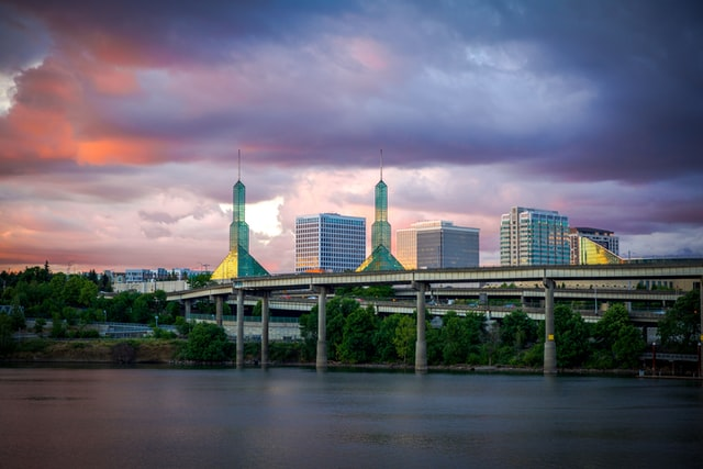 Best area to stay in Portland, OR for business travelers