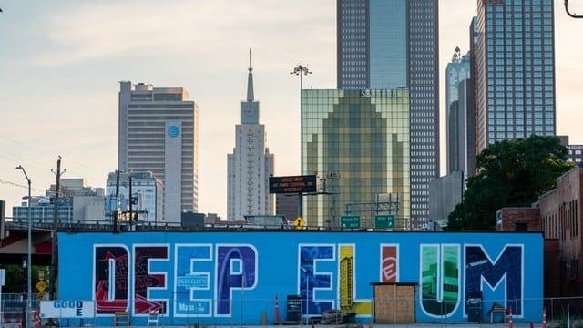 Mejor zona donde hospedarse en Dallas para hipsters - Deep Ellum