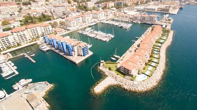 Mejor ubicación en Gibraltar para ir de compras - Lado Occidental & Centro de Gibraltar