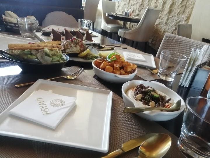 افضلمطاعم الرياض للعوائل لبنانية