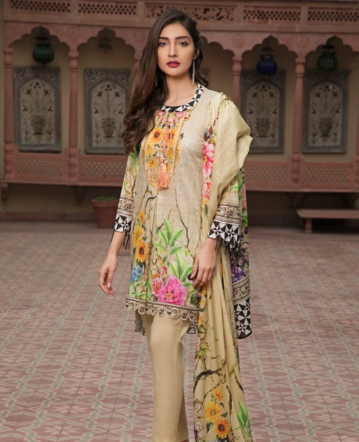 House Of Ittehad Crystal Digital Lawn 2019
