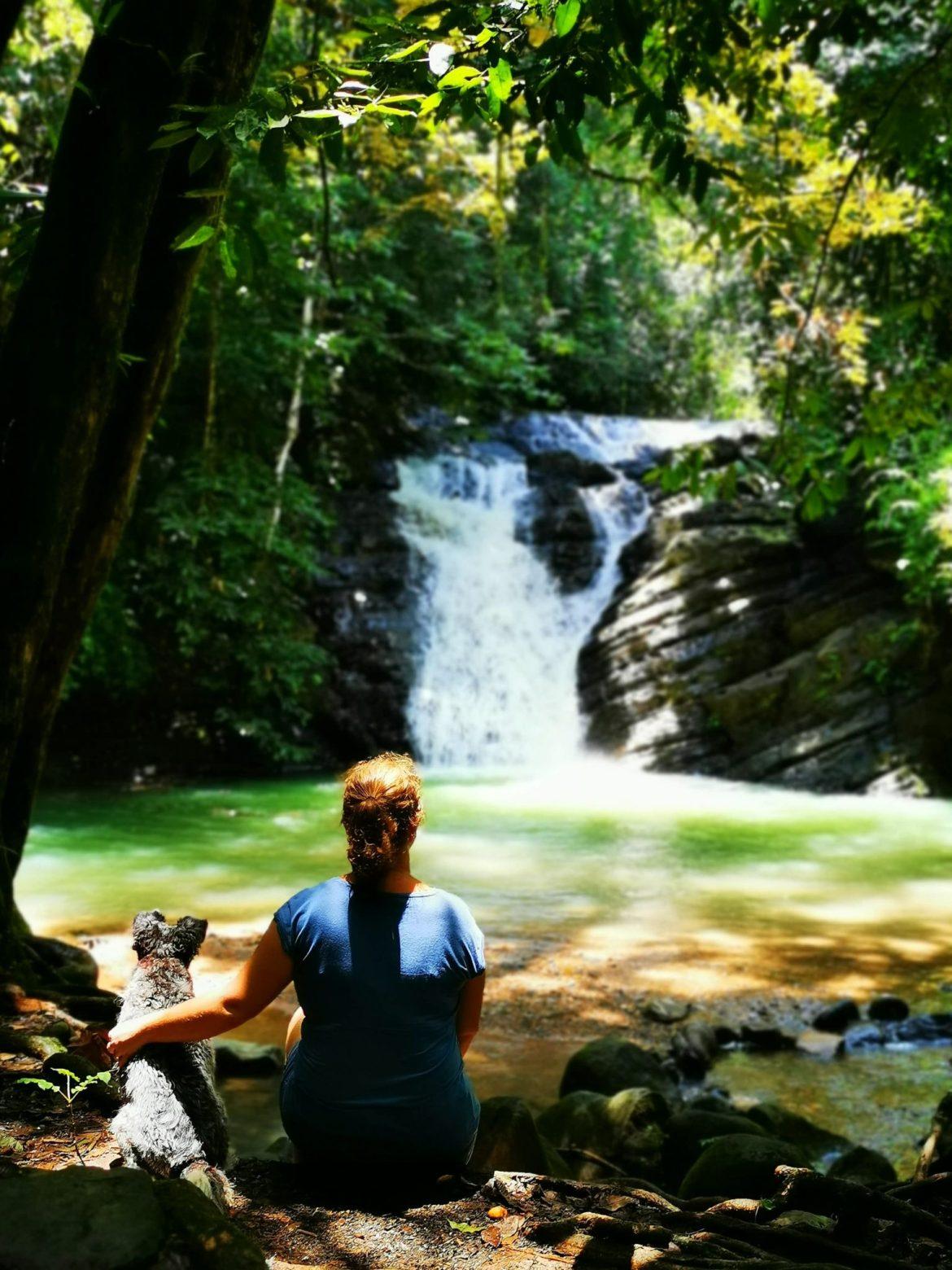 Poza Azul Dominical