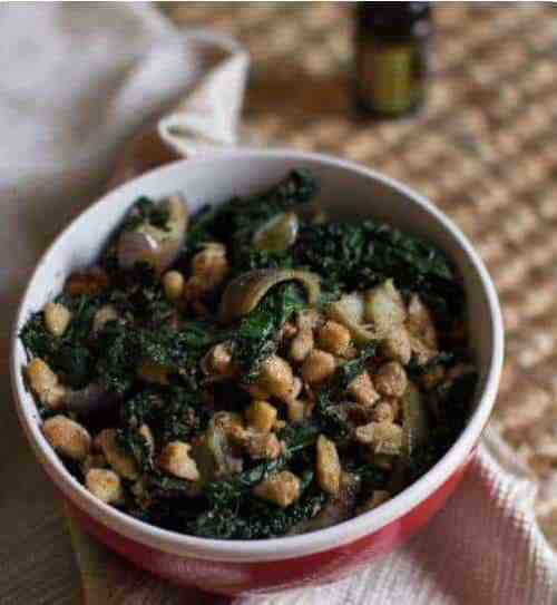 doTERRA Sautéed Cannellini Bean Quick Bowl with Purple Peppers, Kale, and Lemon Essential Oil Recipe