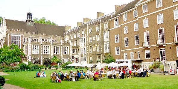 Outdoor_Wedding_Ideas_Middle_Temple_Hall_Prestigious_Venues