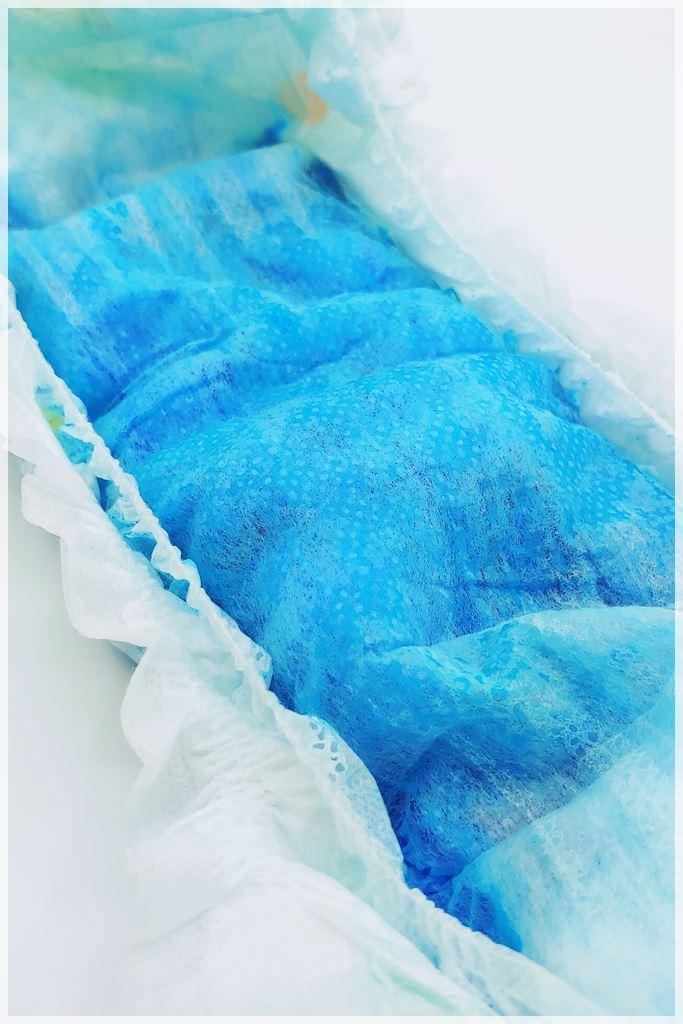 Blau eingefärbte Innenseite nach dem Test