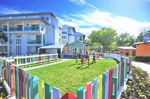Grand Paradise Playa Dorada All Inclusive Family