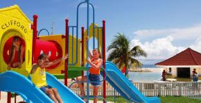 Holiday Inn Sunspree Resort– All Inclusive Family Resort
