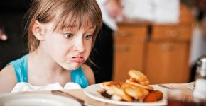 How To Deal With A Picky Eater On A Family Vacation