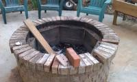 Diy brick fire pit: Make Your Own Fire Pit at Home ...