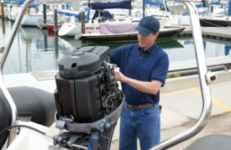 How to paint outboard motors