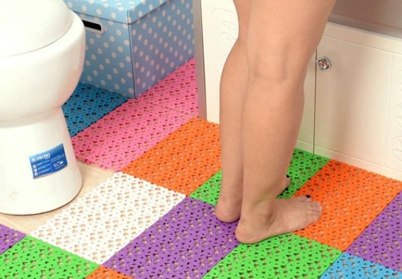Best Non-Slip Shower Mats For Seniors