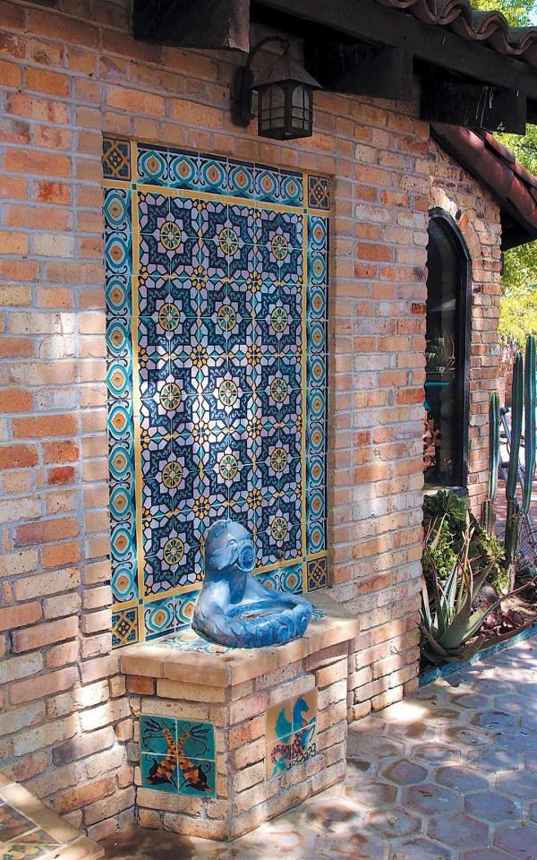 Outdoor Wall Fountain Ideas