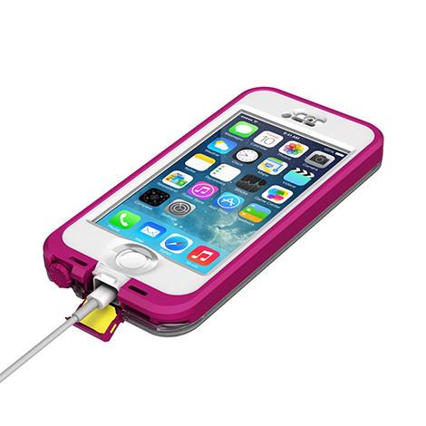 iphone-se-lifeproof-case