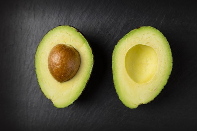avocado 2644150 640 - Best Fruits to eat for Acne - Get Rid from Acne Scars with Fruits