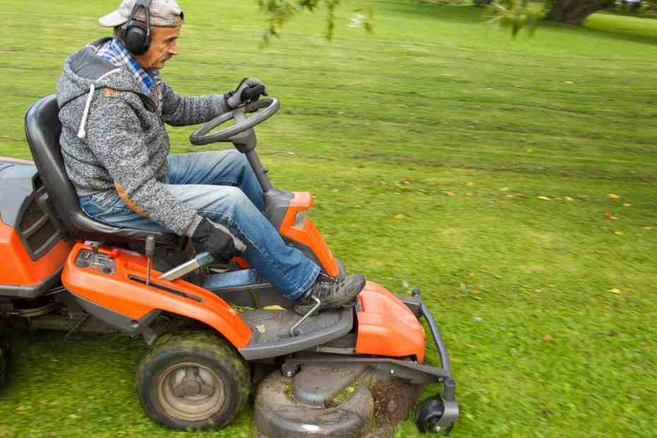 Should I Buy A Zero Turn Mower Or A Tractor?