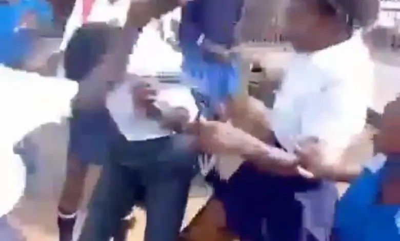 (Video) Secondary School Girls Team Up, Beat Boy For Cheating On Them