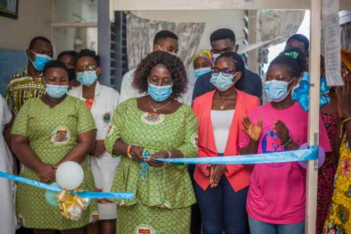 UCC Hospital: MLP Donates Mobile Library And TV To Children's Ward