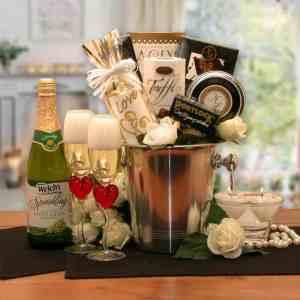 wedding & romance gifts category image