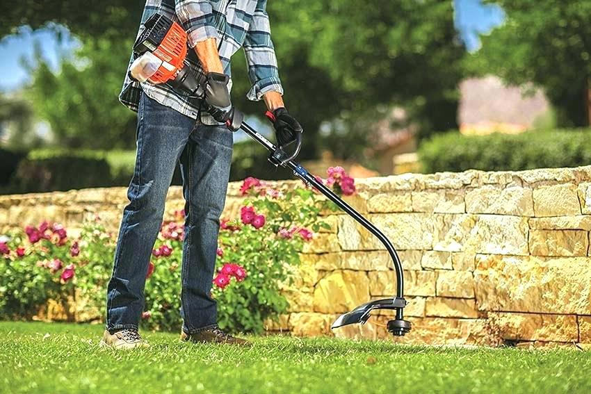 Gas String Trimmer/Weed Eater
