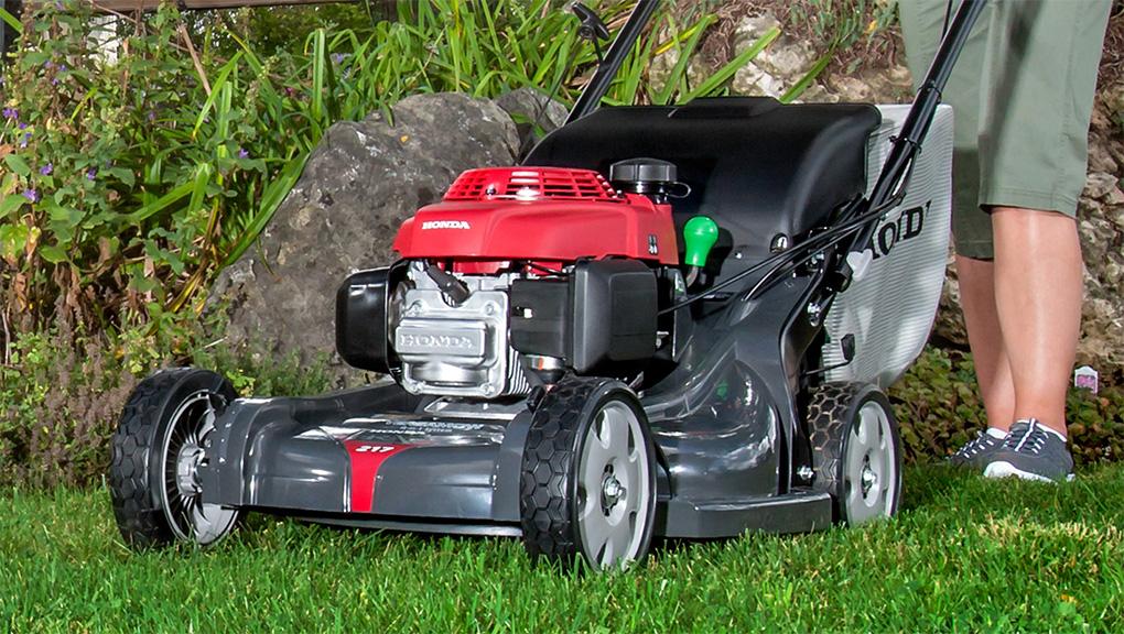 best self propelled lawn mower | Best Home Gear