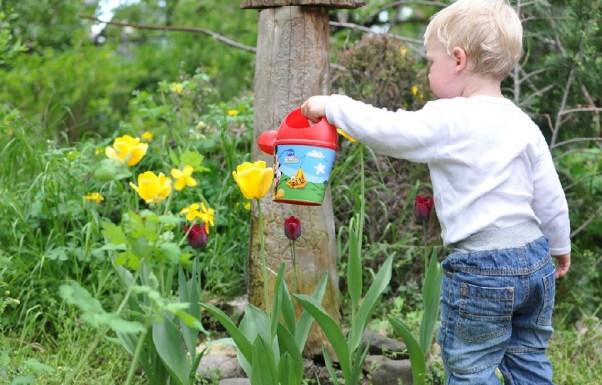 flower garden kids - best home gear