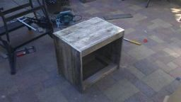 Brilliant Pallet Wood Nightstand