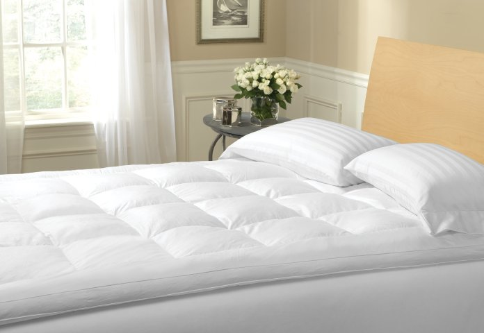 Feather Mattress Topper Review & Top 3 Toppers