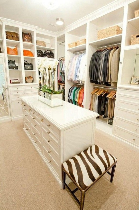 Amazing Closet Room Design Ideas For The Beauty Of Your Storage25
