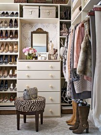 Amazing Closet Room Design Ideas For The Beauty Of Your Storage28