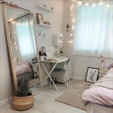 Attractive Teenage Bedroom Decorating Ideas For Comfort In Their Activities11