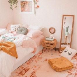 Attractive Teenage Bedroom Decorating Ideas For Comfort In Their Activities28