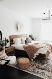 Beautiful Boho Rustic And Cozy Bedrooms32
