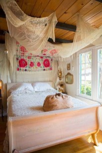 Beautiful Boho Rustic And Cozy Bedrooms40