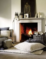 Beautiful Modern Fireplaces For Winter Design Ideas08