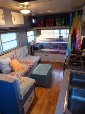 Best Wonderful Rv Camping Living Decor Remodel37