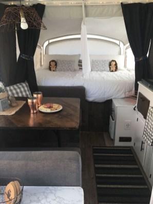 Best Wonderful Rv Camping Living Decor Remodel38