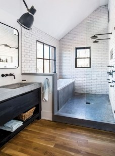 How To Decorate Your Small Bathroom Become More Comfortable And Beautiful21