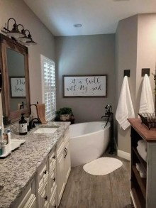 How To Decorate Your Small Bathroom Become More Comfortable And Beautiful28