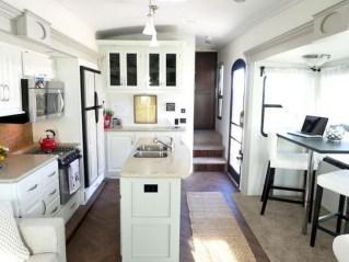 Top Rv Camper Van Living Remodel23