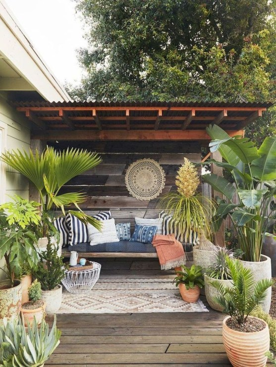 Amazing Backyard Decoration Ideas For Comfortable Your Outdoor48