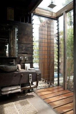 Amazing Industrial Bathroom Decorating Ideas For Your Inspiration16