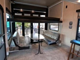 Amazing Rv Living Room Decorating Ideas For Comfortable Trip10