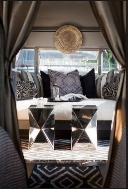 Amazing Rv Living Room Decorating Ideas For Comfortable Trip34