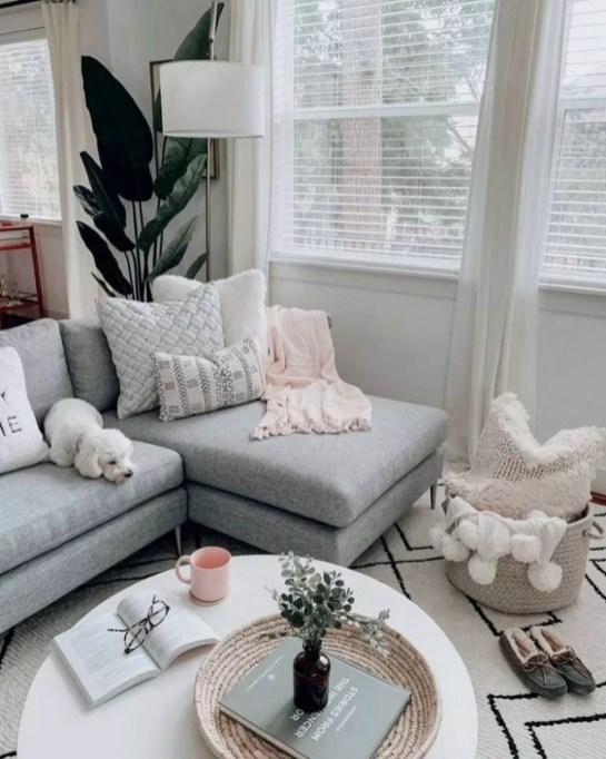 Amazing Scandinavian Living Room Decoration Ideas For The Beauty Of Your Home40