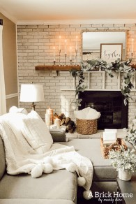 Attractive Winter Living Room Decoration Ideas For Warmth In The House12