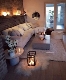 Attractive Winter Living Room Decoration Ideas For Warmth In The House29